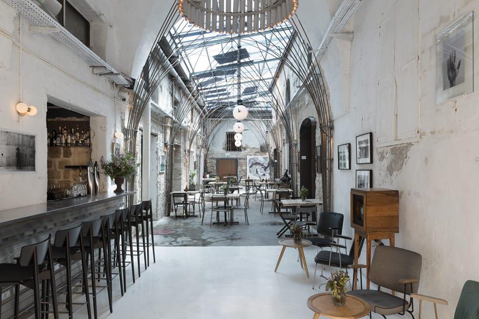 פרויקט ליווי והקמת בר מסעדה יפואי בית קנדינוף