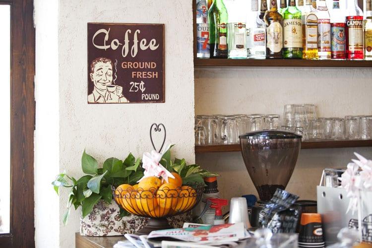 פרויקט הקמה מלאה לבית קפה ליזלוטה - בית קפה שכונתי תל אביבי